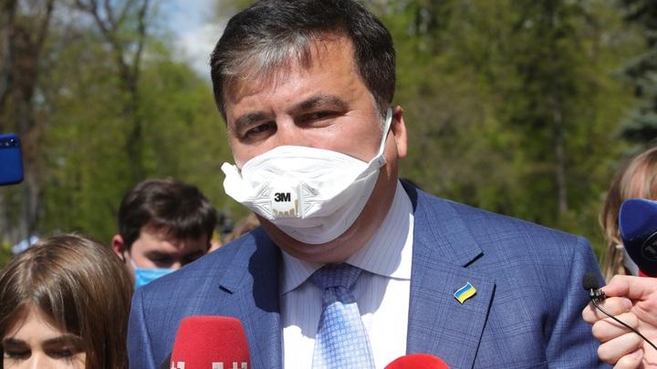 Саакашвили отрёкся от должности премьера Грузии: Меня не интересует