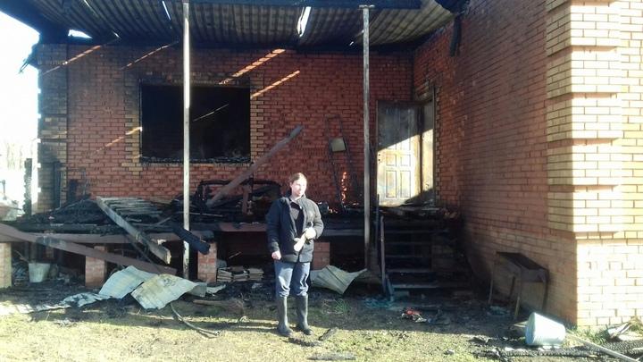 В Самарской области у многодетного священника сгорел дом