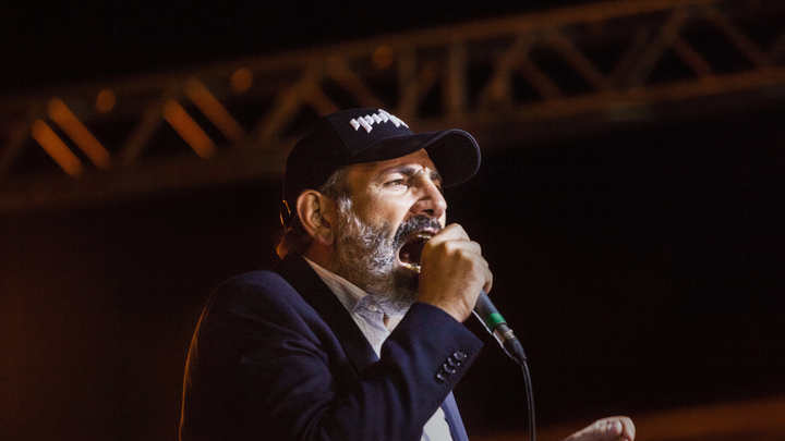 Пашиняну не удалось стать премьер-министром Армении