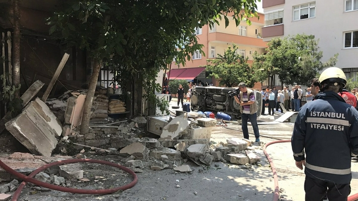 ДТП с туристическим автобусом в Турции: Есть погибшие