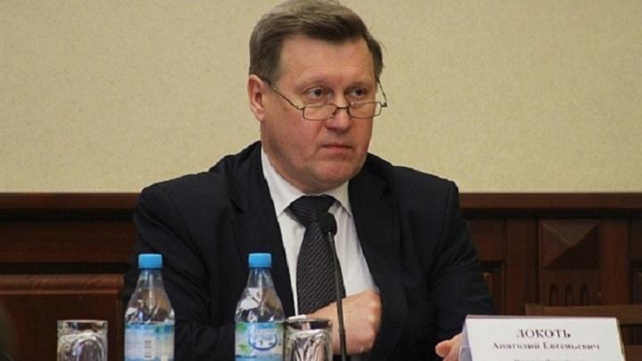 Мэра Новосибирска уличили в нарушении правил дорожного движения
