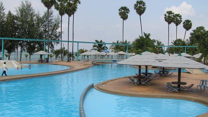 Туристка из России разбилась в Таиланде, упав с шестого этажа отеля