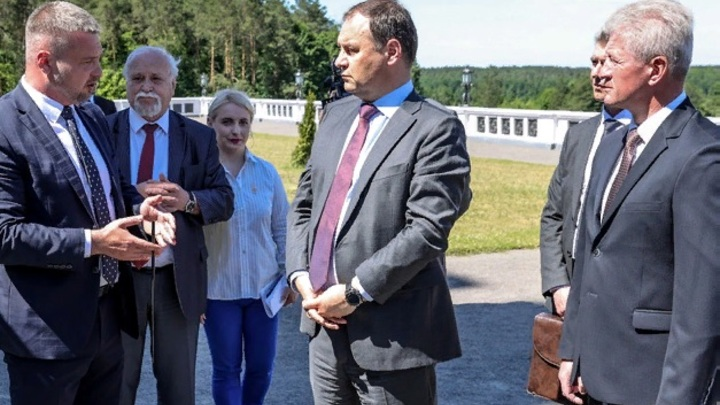 В Минске заявили, что ищут адекватные меры в ответ на санкции ЕС и США