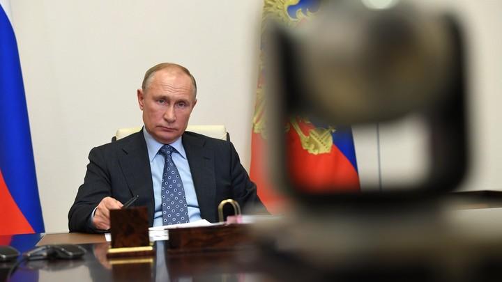 Господа хорошие, останавливаться не надо!: Намёк Путина на Давосском форуме считал политолог