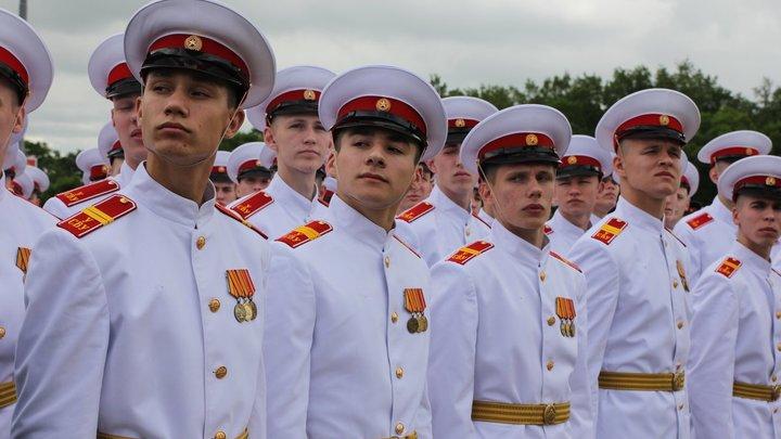 В Екатеринбургское суворовское училище нагрянули с проверками из-за анонимки
