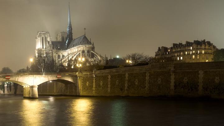 Ничего не останется: Представитель Нотр-Дам-де-Пари поставил диагноз конструкции объятого пожаром собора