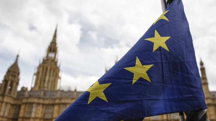 MI5 запуталась в обвинениях: Главе британской спецслужбы посоветовали «экономить изоленту»