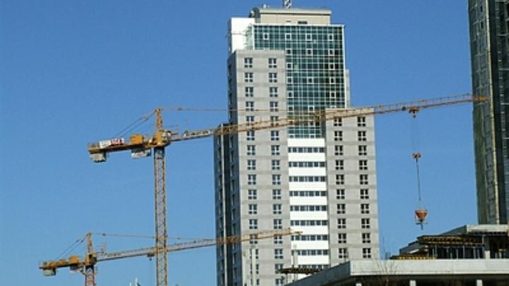 Первый строительный фонд может получить в Новосибирске участок земли без торгов