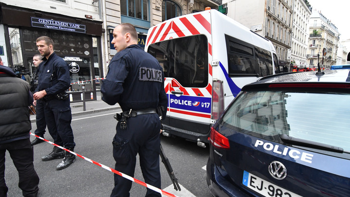 Во Франции злоумышленник набросился на прохожих и ранил семь человек