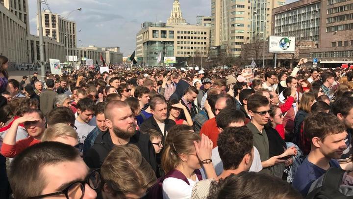 Навальный воспользовался Дуровым и Telegram