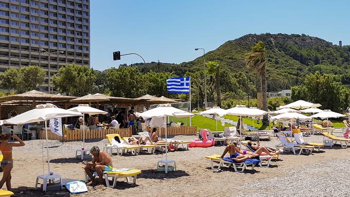 У нас всего 173 смерти: Греки вновь готовы приглашать иностранных туристов