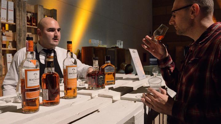 Опохмел за счёт фирмы: Британские компании официально разрешили прогулы по причине пьянства