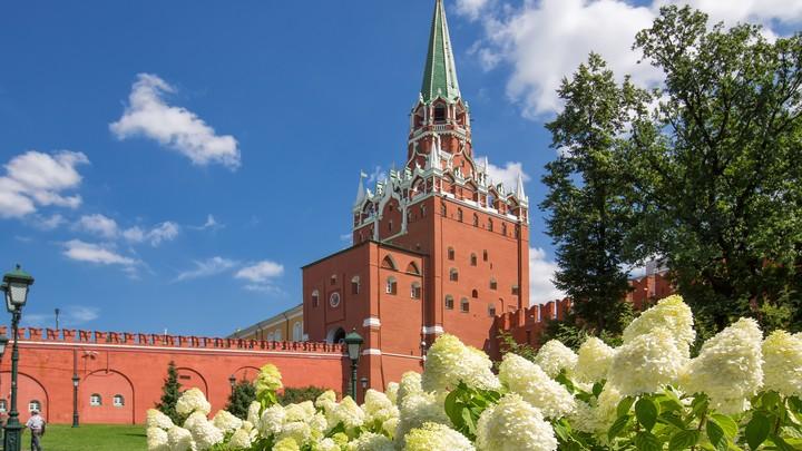 В Кремле Спасские ворота временно будут закрыты