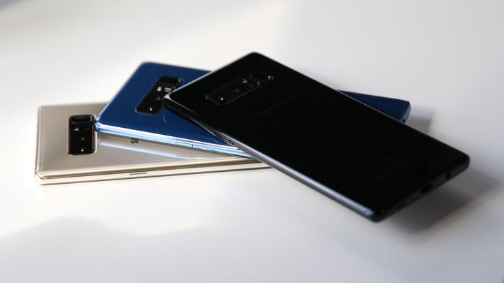 Эксперты назвали слабые места Galaxy Note 8, сравнив его с макетом iPhone 8