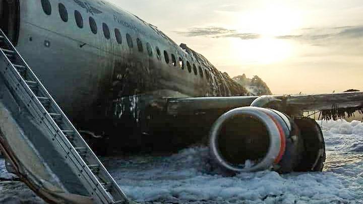 Чего не знают блогеры. Эксперт о критических моментах расследования пожара на борту SSJ-100 в Шереметьево