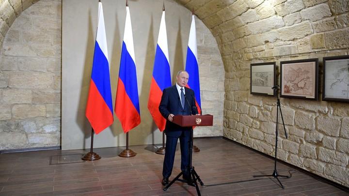 Идеальный шторм отменил план по интервью Владимира Путина