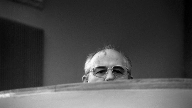 Уволил Путина, закопал Горбачёва и рассказал о жалких временах Ельцина. История генерала Шебаршина