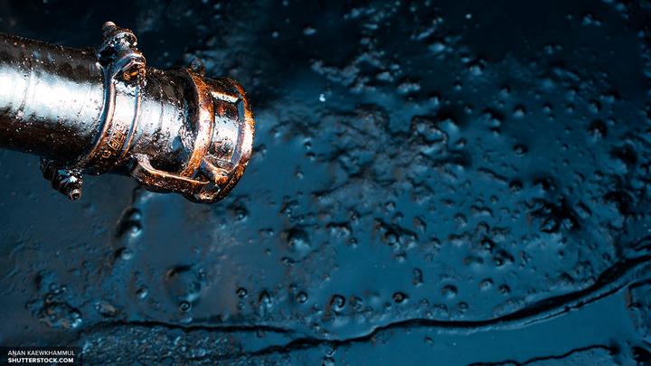 В Москве остановлена переработка нефти из-за нештатной ситуации