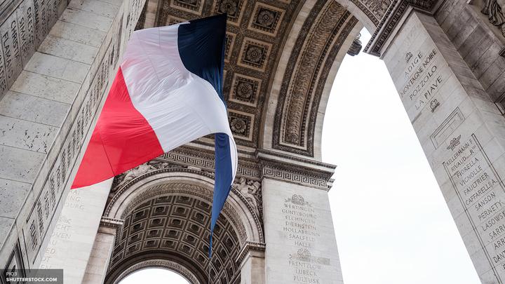 Вопреки правилам МВД Франции перестало охранять посольство России