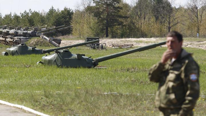 Украинские военные собрали Халка из бесполезных танков - видео