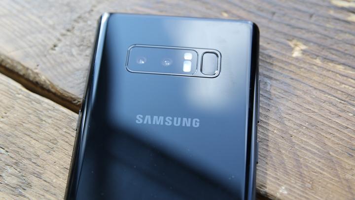 Samsung назвал цену своего флагмана Galaxy Note8