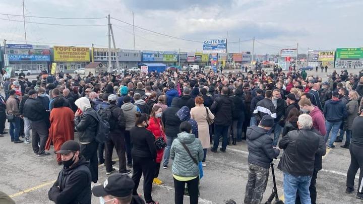 Бизнес-омбудсмен Борис Титов встретится с торговцами с закрытых аксайских рынков