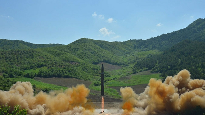 Запуск ракеты КНДР привел в панику правительство Южной Кореи