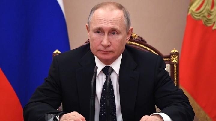Нелепые попытки: Путин раскритиковал намерения усложнить жизнь крымчанам