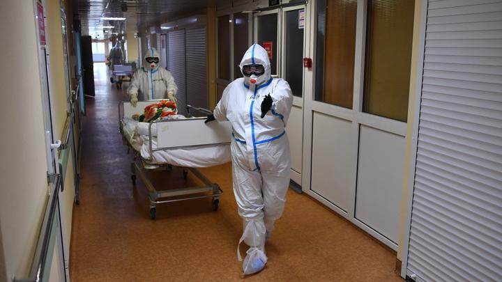 Врач рассказал, когда в России люди перестанут умирать от коронавируса