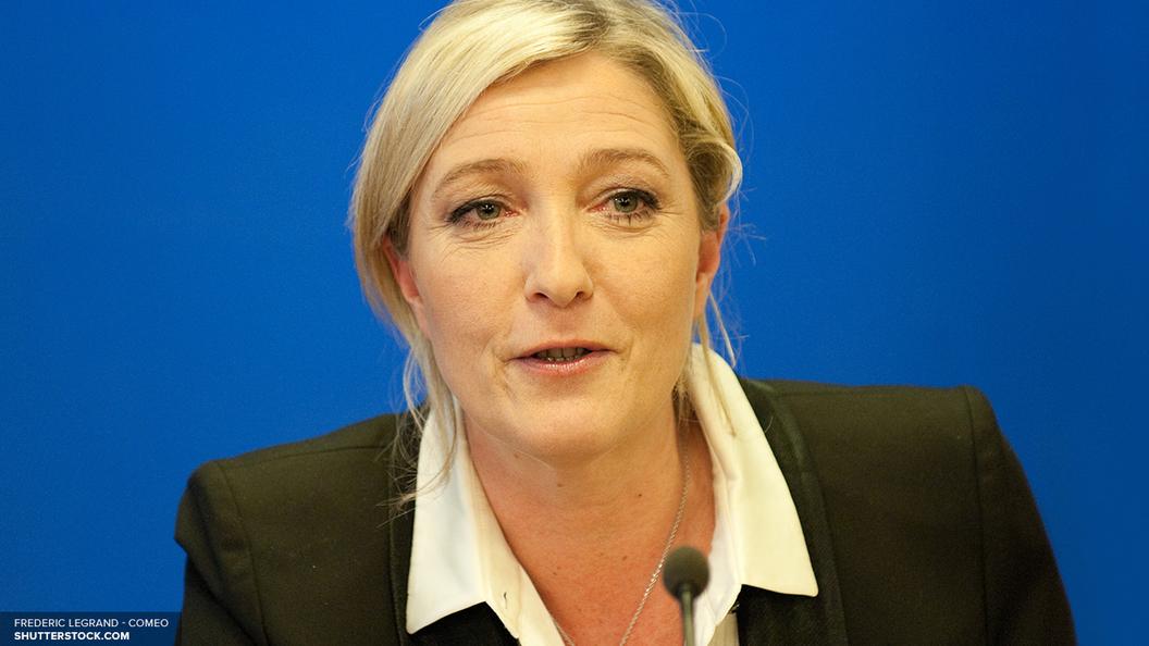 Конец евро - Bloomberg пугает ЕСпобедой Марин Ле Пен на выборах во Франции