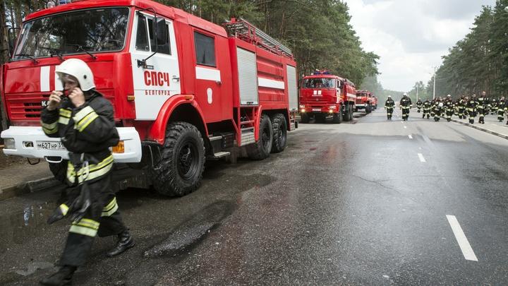 Начальник главка МЧС Москвы прервал отпуск и примчался на место пожара в ТЦ Персей