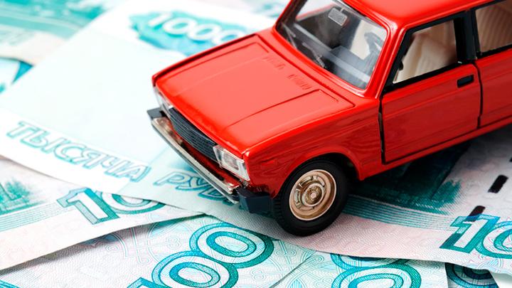 Затея – чушь, но деньги хорошие: Кто наварился на ажиотаже со справками для водителей, пропавших бланках ОСАГО и других новшествах