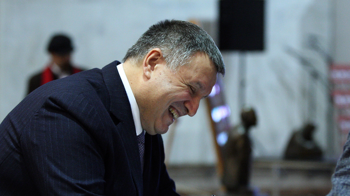 Аваков готов поменять министерское кресло на журналистику