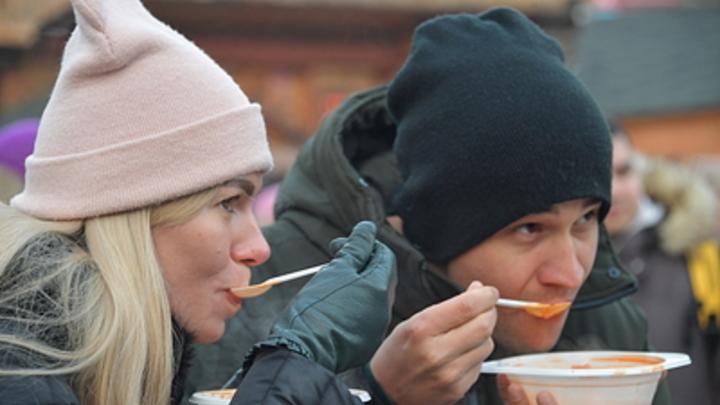 Уничтожить любые угрозы голоданием: Эксперт объяснил, как правильно защитить организм едой