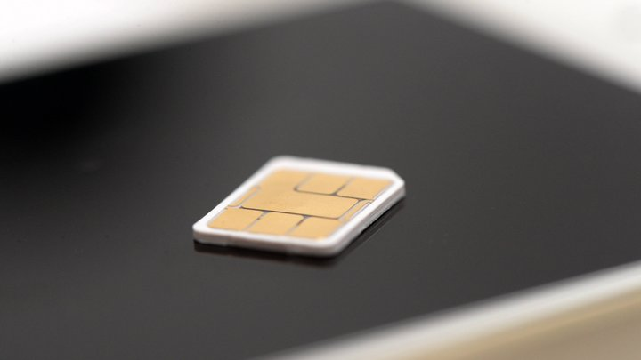 В России решили повременить с переходом на одобренные ФСБ SIM-карты