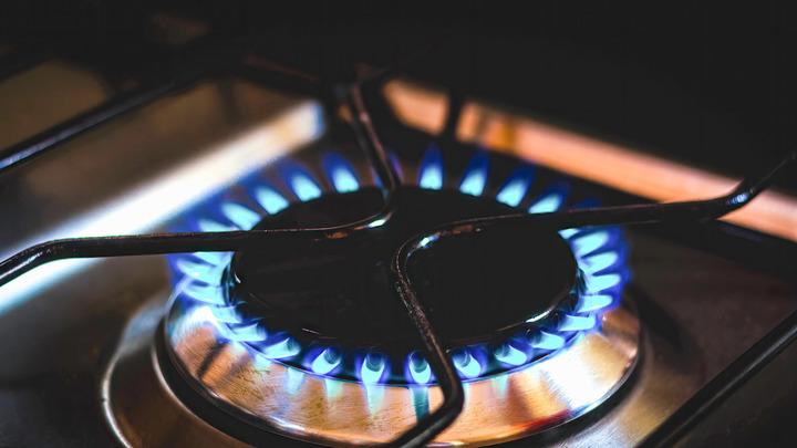Немцы на грани: Один из поставщиков газа отказался от клиентов из-за цен на топливо