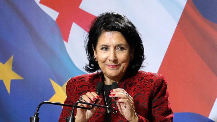 Почему новый президент Грузии публично отказалась от диалога с Россией