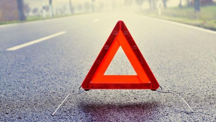 В Чите на подъезде к Макси гонщик на Тойоте стал виновником тройного ДТП