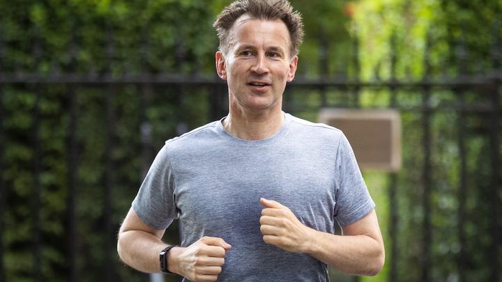 Это не про свободу: Глава британского МИД поспешно сбежал после неудобных вопросов русского журналиста