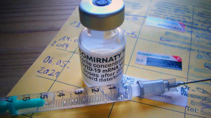 Прививка здравого смысла: Какую цену платят новосибирцы за право не вакцинироваться от ковида