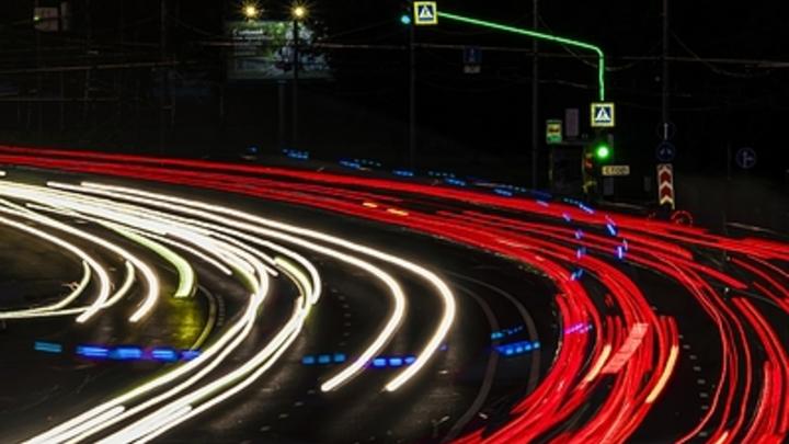 Повышение скоростного лимита создаст новые риски? Минтрансу напомнили про навыки водителей