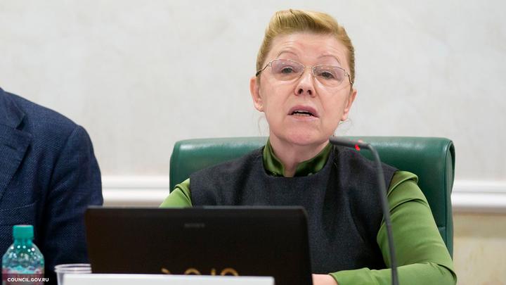 Мизулина призвала Кузнецовузащитить детей от незаконного изъятия из семей