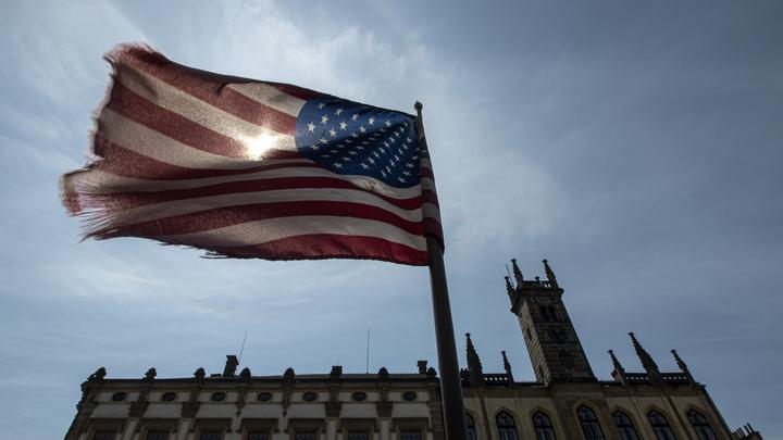 После провала с Днём Победы в США предложили против России новые санкции из ада