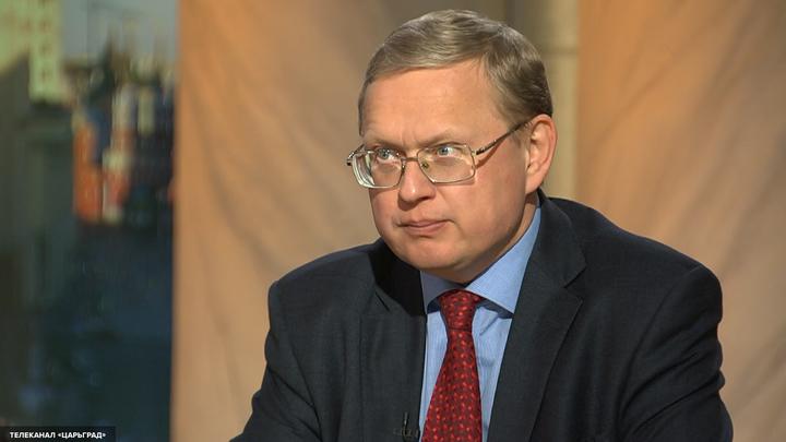 Михаил Делягин: Социально-экономический блок России думает только о своем богатстве