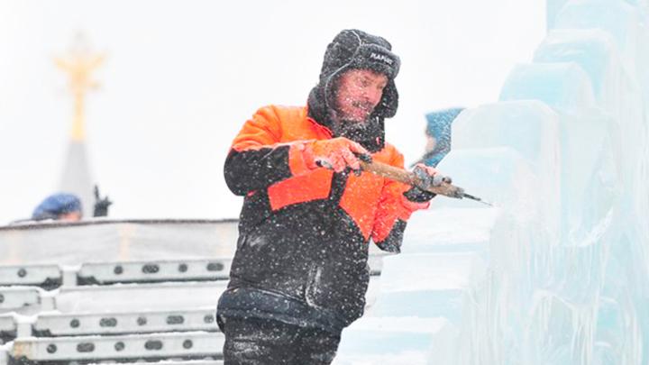 75 млн на ледовый городок: Кто заработает на Новом годе?