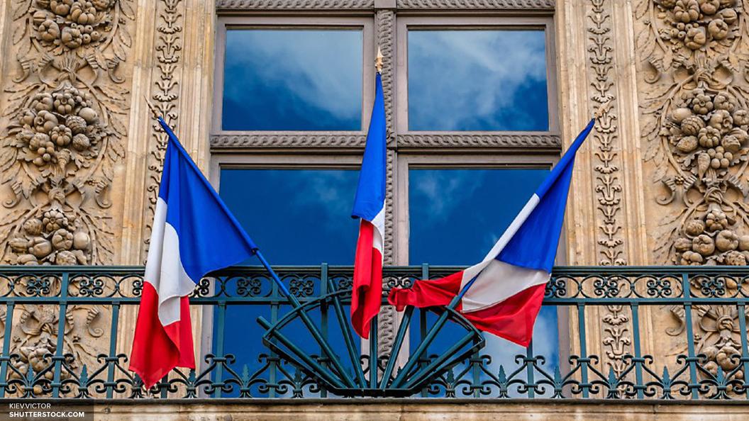 Олланд испугался несуществующих попыток РФ повлиять на общественное мнение Франции