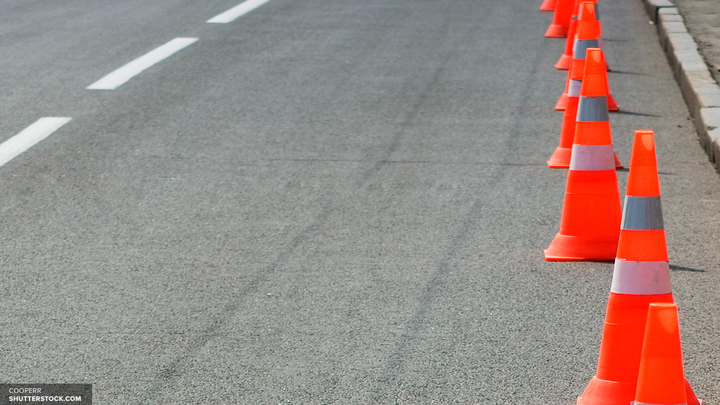Мерседес Кобзона снова в сводках ГИБДД: водителя поймали на выделенке