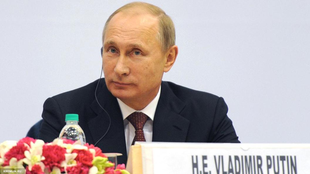 Владимир Путин встретился с Марин Ле Пен в Москве