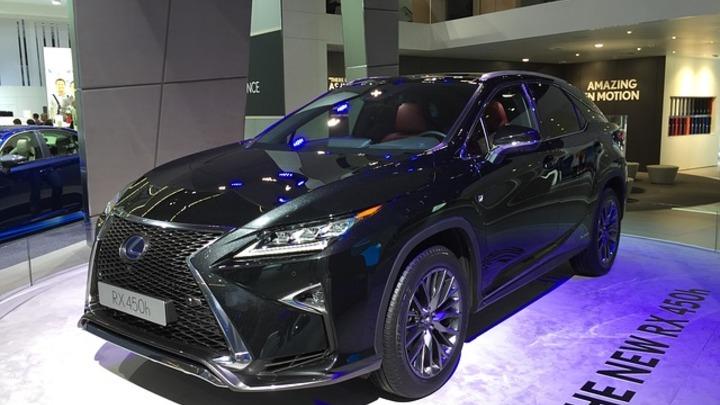 До конца февраля Lexus проводит Роскошные недели