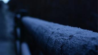 Смерть на пороге дома: Инвалид в Якутске замерз на крыльце медучреждения